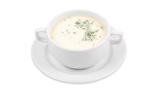 Сливочный суп с лососем и овощами